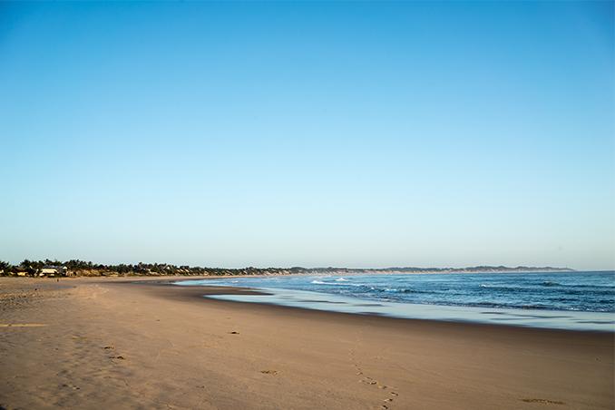 Maputo to tofo rental service