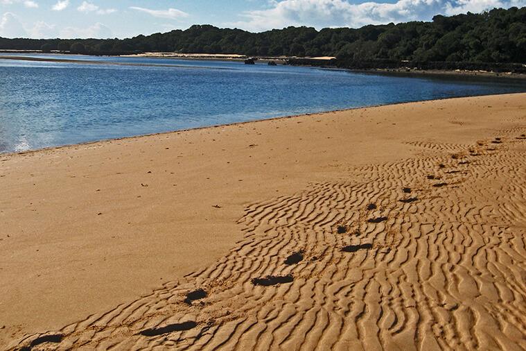 santa maria's beach and reefs tour